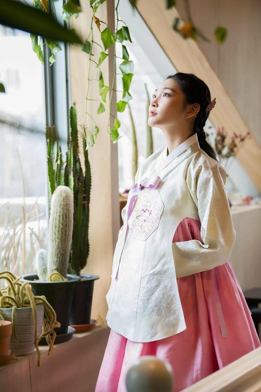 6 nữ idol Kpop diện trang phục truyền thống đẹp dịp Tết Ảnh 6