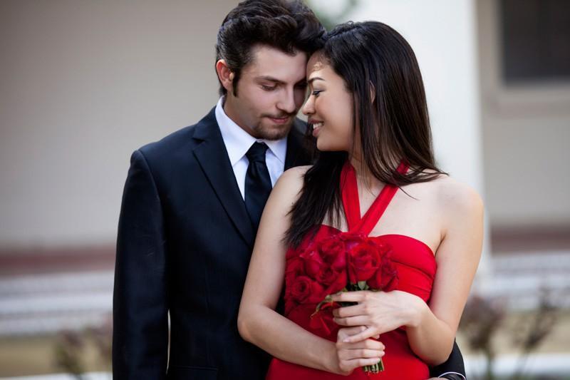 Vợ trẻ và lời khuyên chồng 'động trời' để cư xử với sếp nữ Ảnh 1