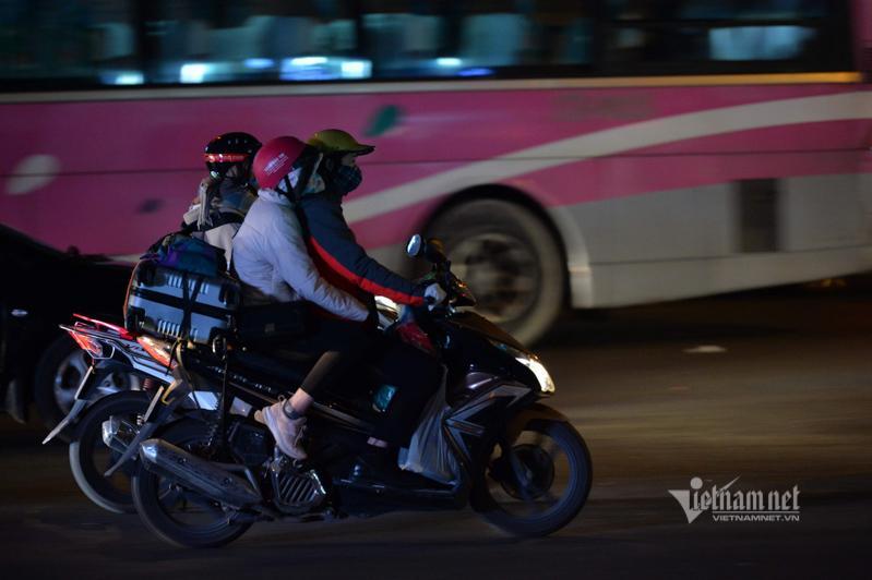 Tắc cao tốc đến nửa đêm, hết Tết đường về Hà Nội không êm như mơ Ảnh 8