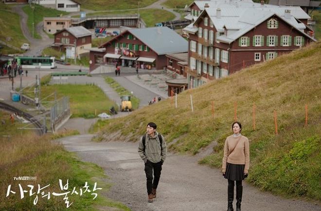 Thụy Sĩ, Mông Cổ và những bối cảnh tuyệt đẹp của 'Hạ cánh nơi anh' Ảnh 2