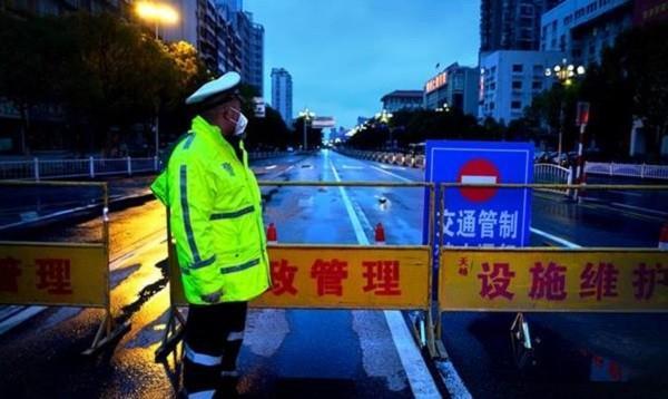 Cảnh đìu hiu tại Trung Quốc giữa lúc dịch bệnh hoành hành Ảnh 4
