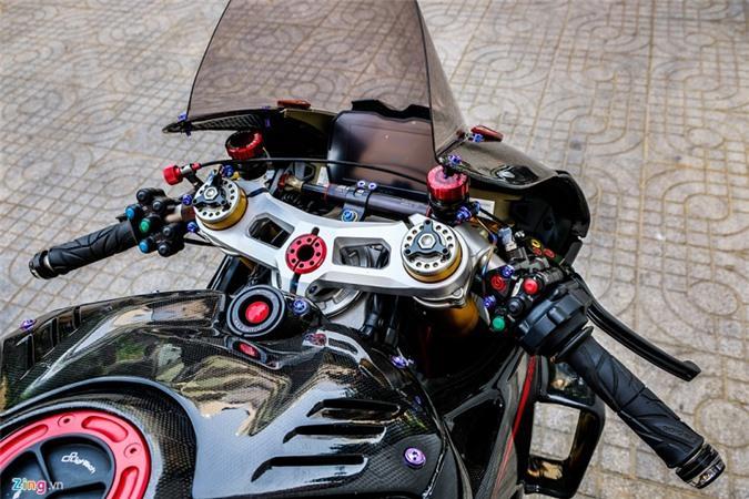 Ducati Panigale V4 với gói độ xe đua tiền tỷ ở Sài Gòn Ảnh 6
