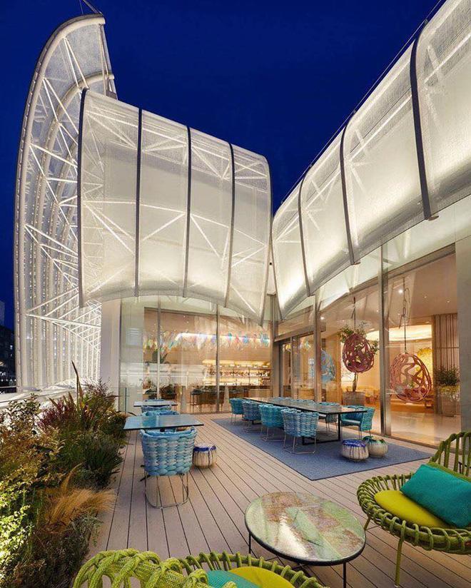 Louis Vuitton mở nhà hàng và tiệm cafe đầu tiên ở Osaka (Nhật Bản) vào trưa nay nhưng lại giới hạn khách vào mỗi tối Ảnh 2