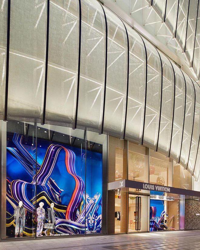 Louis Vuitton mở nhà hàng và tiệm cafe đầu tiên ở Osaka (Nhật Bản) vào trưa nay nhưng lại giới hạn khách vào mỗi tối Ảnh 6