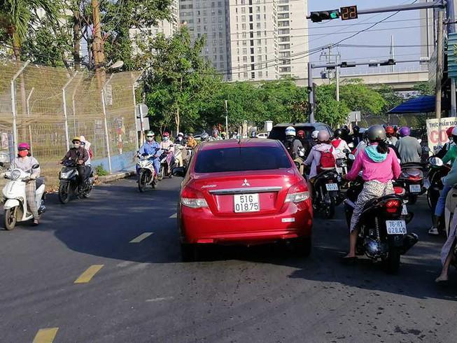 Mở rộng giao lộ, giảm ùn tắc cho đường Nguyễn Hoàng Ảnh 1