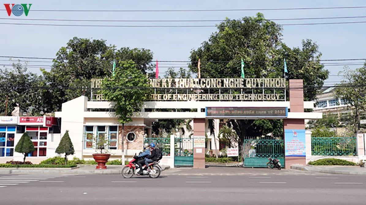 Phòng tránh dịch nCoV: Nhiều trường học cho học sinh nghỉ thêm 1 tuần Ảnh 2
