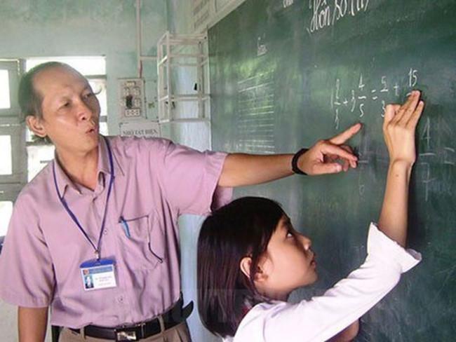 Hàng ngàn nhà giáo đã nghỉ hưu sẽ được thụ hưởng chính sách mới Ảnh 1
