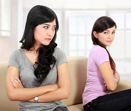 Khốn khổ vì sống chung với chị dâu có tính 'chẳng giống ai' này Ảnh 1