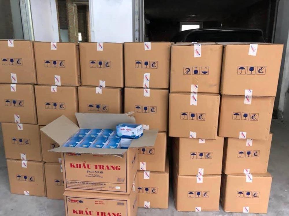 Tịch thu 10 vạn khẩu trang y tế trong biệt thự ở Hà Nội Ảnh 2