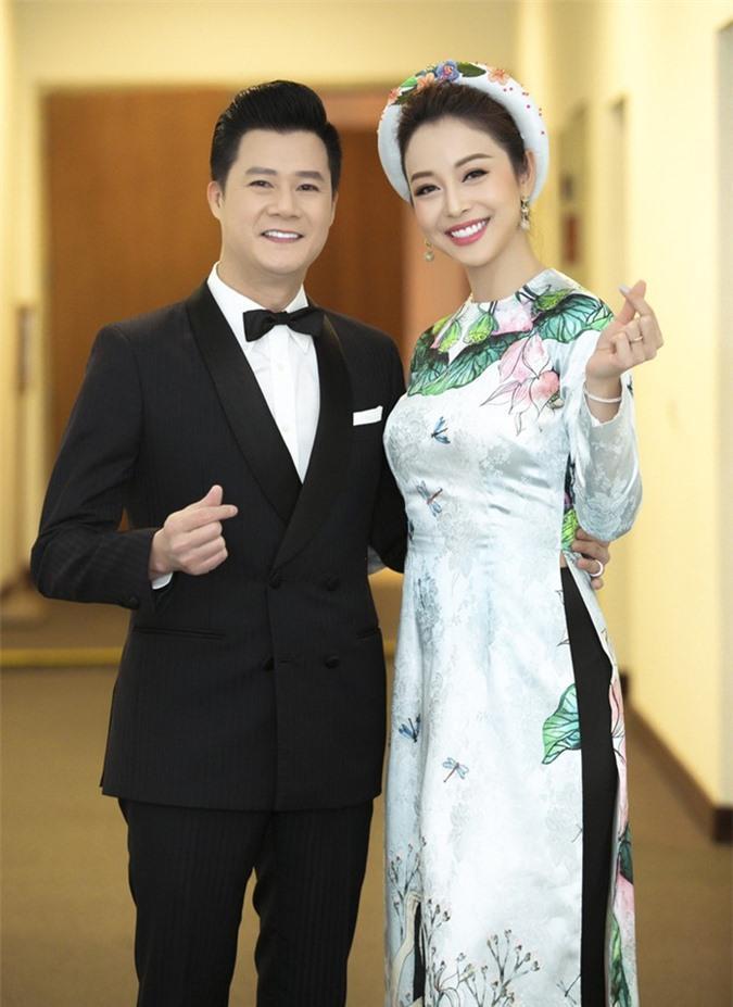 Quang Dũng hạnh phúc bên tình yêu mới sau 10 năm ly hôn Jennifer Phạm Ảnh 2