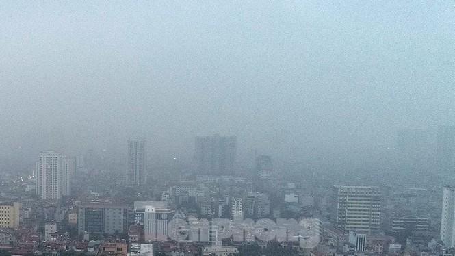 Trời Hà Nội mù mịt sương, độ ẩm trong không khí tăng cao Ảnh 11
