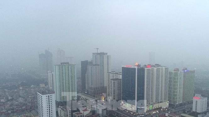 Trời Hà Nội mù mịt sương, độ ẩm trong không khí tăng cao Ảnh 8