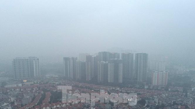 Trời Hà Nội mù mịt sương, độ ẩm trong không khí tăng cao Ảnh 5
