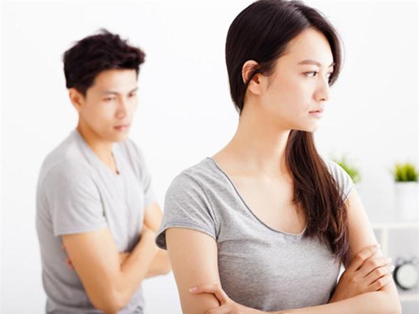 Chính sự cô đơn sẽ khiến đàn bà rời bỏ đàn ông Ảnh 2