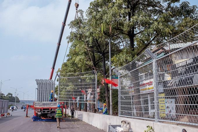 Cận cảnh không khí gấp rút thi công hạ tầng phục vụ Giải F1 Ảnh 11
