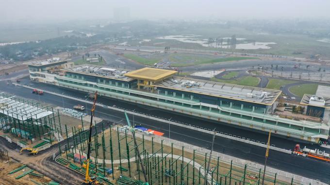 Cận cảnh không khí gấp rút thi công hạ tầng phục vụ Giải F1 Ảnh 22