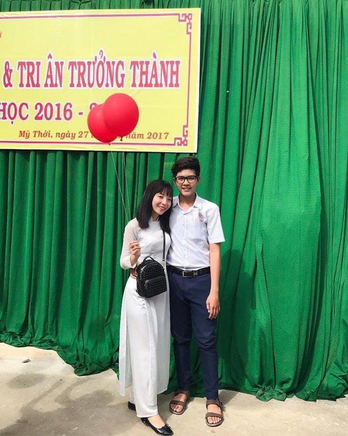 Chuyện tình tuổi học trò của cặp đôi đến từ An Giang: 'Ai cũng bảo hắn 'bê đê' nên mình không đề phòng, nào ngờ…' Ảnh 1