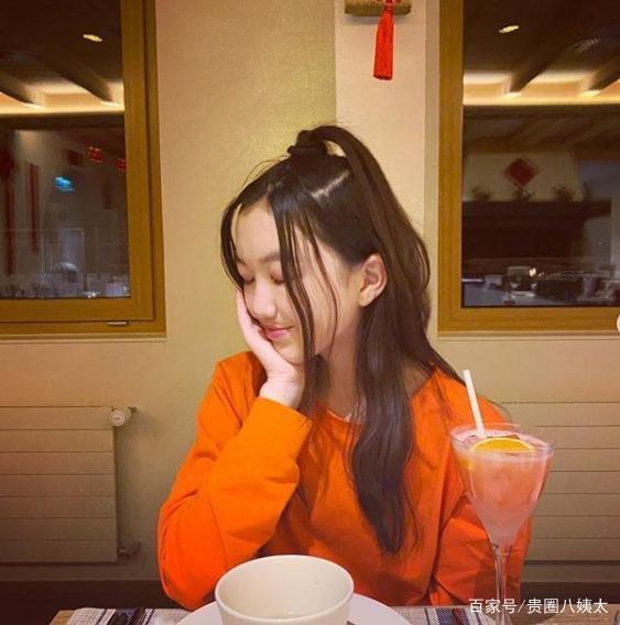 Con gái Vương Phi - Lý Yên tự tin khoe phong cách trưởng thành, gợi cảm khi chỉ mới 13 tuổi Ảnh 9