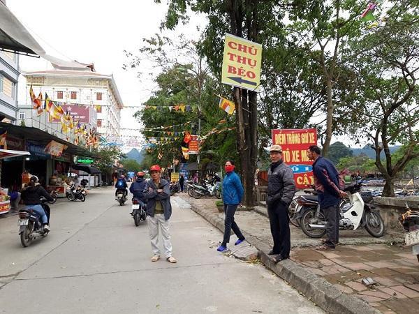 Lễ hội chùa Hương vắng vẻ bởi dịch Covid-19 Ảnh 6