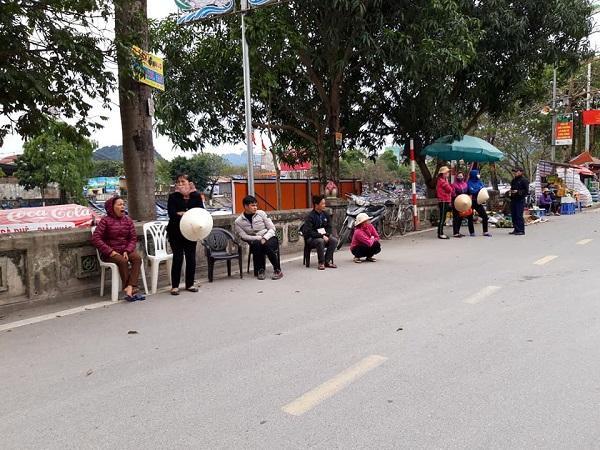 Lễ hội chùa Hương vắng vẻ bởi dịch Covid-19 Ảnh 7