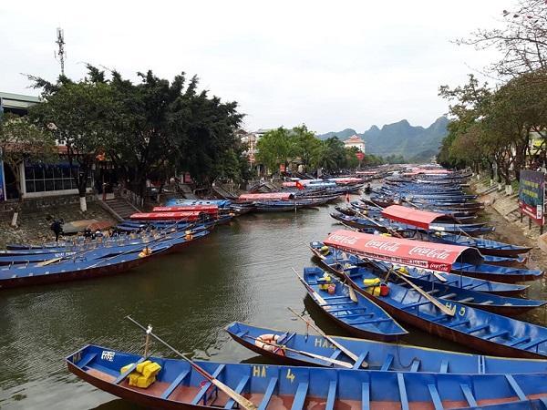 Lễ hội chùa Hương vắng vẻ bởi dịch Covid-19 Ảnh 8