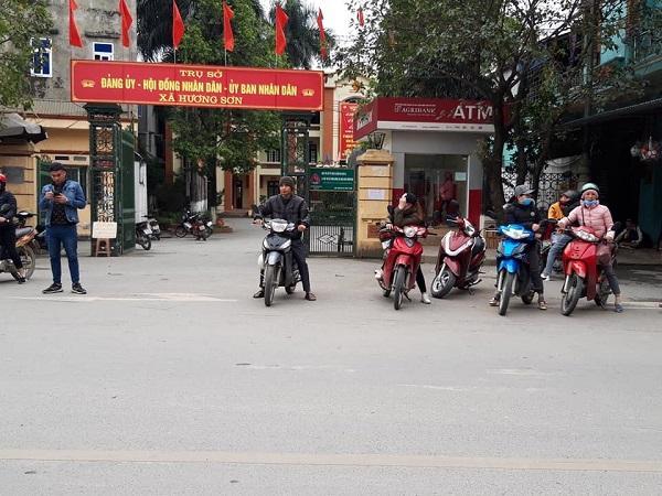 Lễ hội chùa Hương vắng vẻ bởi dịch Covid-19 Ảnh 5