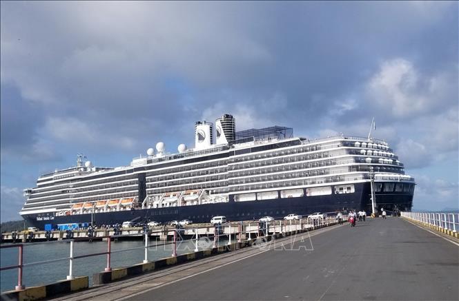 Dịch COVID-19: Malaysia cấm mọi tàu thuyền từ Trung Quốc cập cảng Ảnh 1