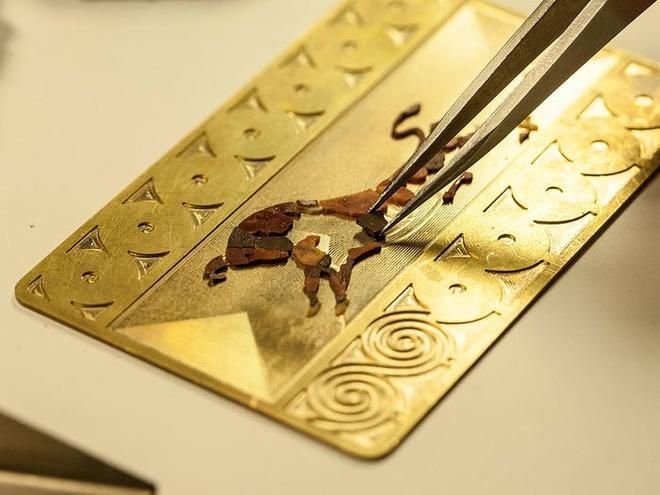 Thẻ tín dụng làm từ kim cương và vàng của giới siêu giàu Ảnh 2