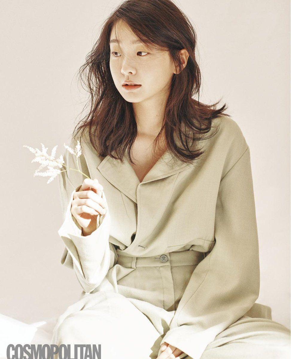Nữ quái của 'Itaewon Class' khác lạ ngoài đời Ảnh 9