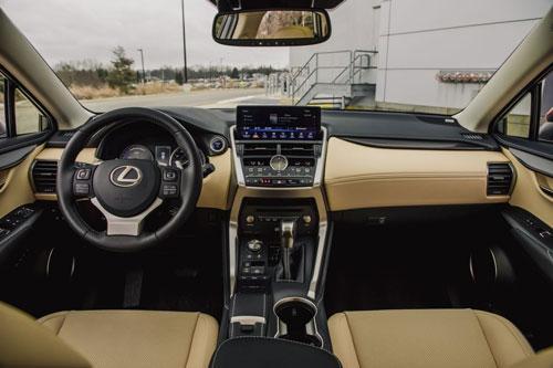 Lexus NX 300h 2020: Công suất 194 mã lực, giá hơn 900 triệu đồng Ảnh 4