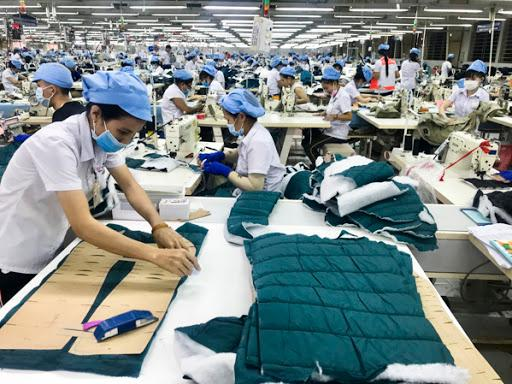 Vietnam's yarn, textile and garment industry: Why do things stand on the brink of bankruptcy? Ảnh 2