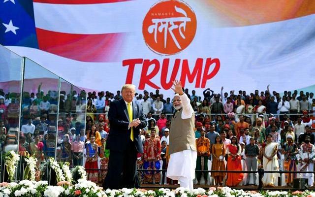 Tổng thống Mỹ Ð.Trăm thăm chính thức Ấn Ðộ Ảnh 1