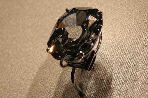 Top 10 'chúa tể của những chiếc nhẫn' về giá cả Ảnh 1