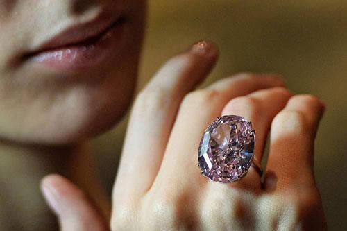 Top 10 'chúa tể của những chiếc nhẫn' về giá cả Ảnh 2