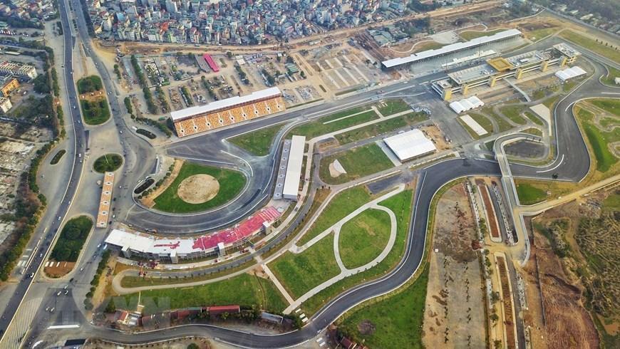 Toàn cảnh trường đua F1 trong giai đoạn nước rút Ảnh 9