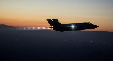Elon Musk:Kỷ nguyên máy bay chiến đấu đã qua, F-35 vô dụng Ảnh 1