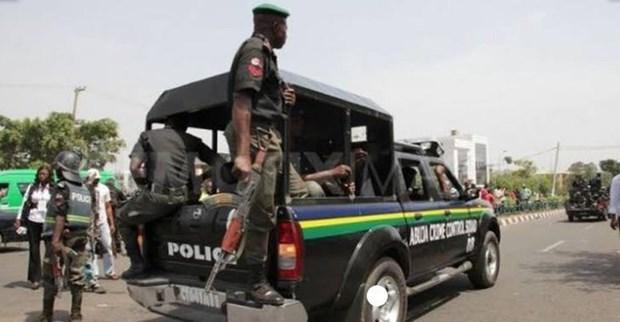 Cảnh sát Nigeria triệt phá một 'nhà máy trẻ em,' giải cứu 13 người Ảnh 1