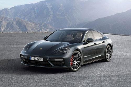 Top 10 xe sedan nhanh nhất thế giới: Gọi tên Mercedes-AMG GT 63 S Ảnh 4