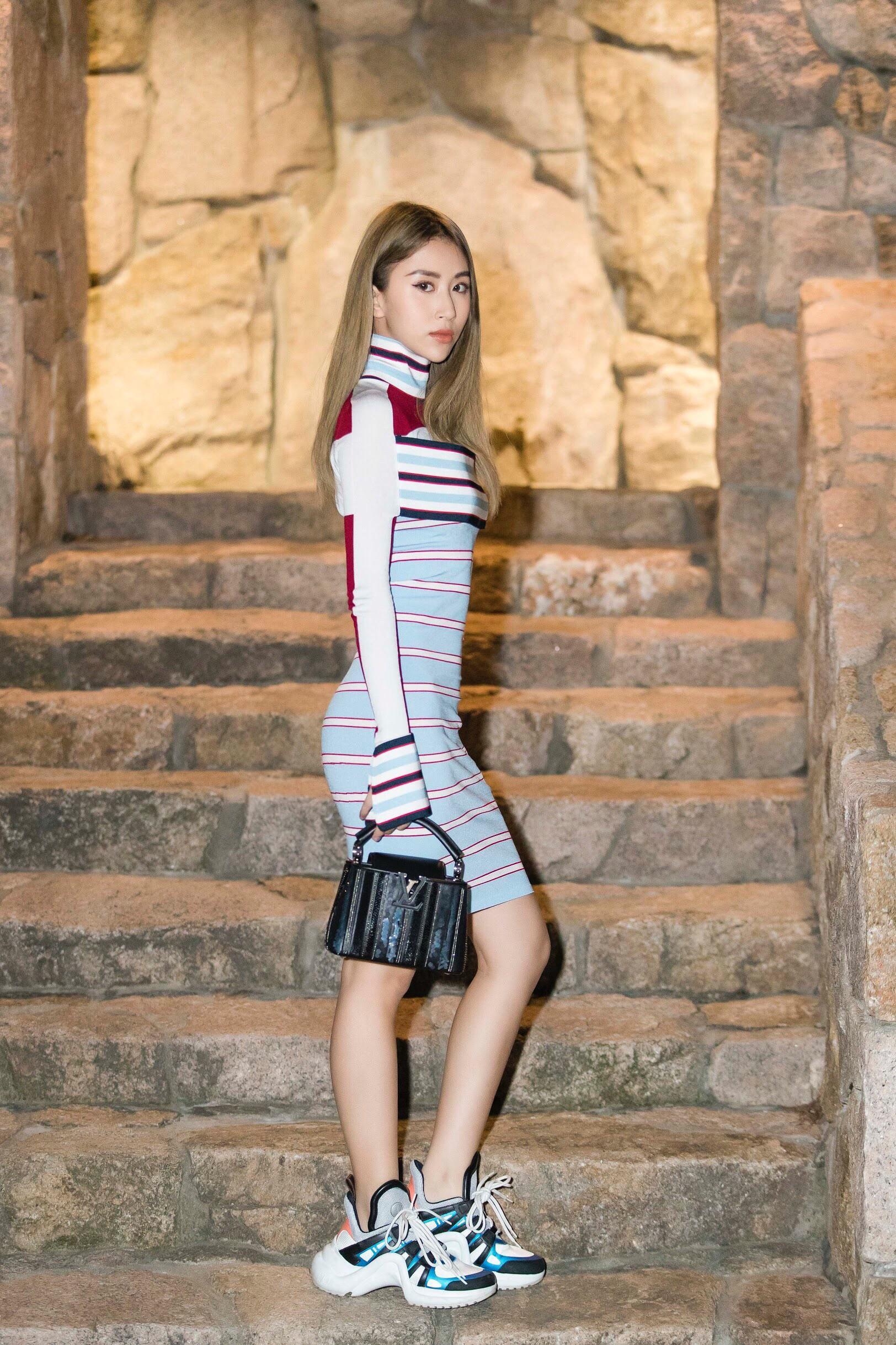 Quỳnh Anh Shyn - từ hot girl Hà thành đến fashionista có style độc lạ Ảnh 18