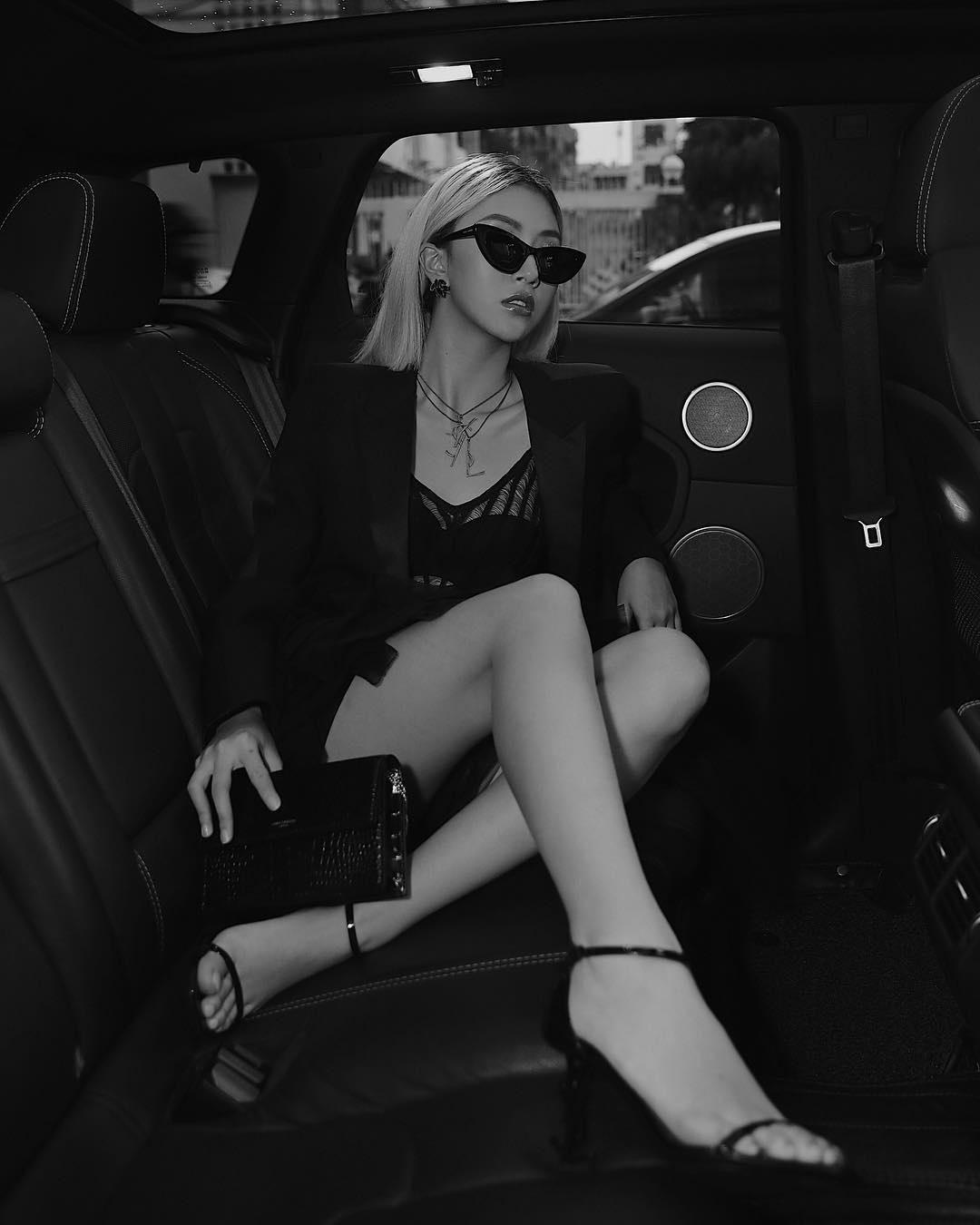 Quỳnh Anh Shyn - từ hot girl Hà thành đến fashionista có style độc lạ Ảnh 21