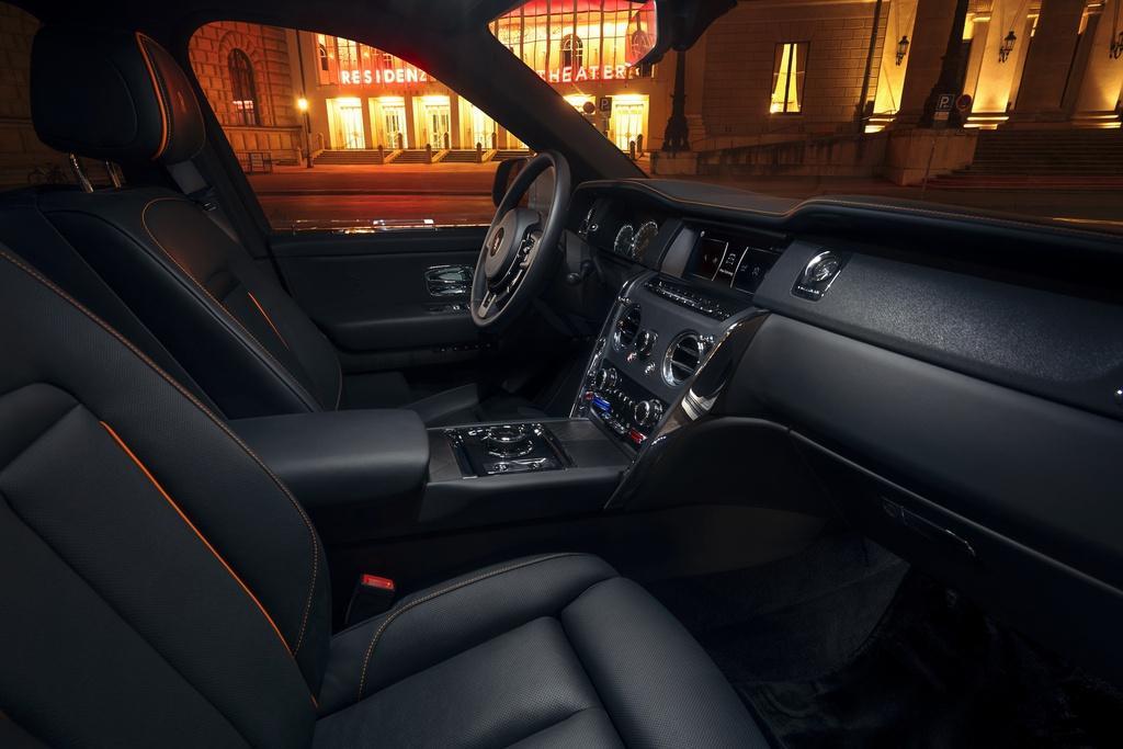 Rolls-Royce Cullinan hầm hố hơn với gói độ từ Novitec Ảnh 7
