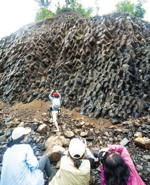 Phú Yên: Kỳ thú những 'gành Ðá Ðĩa' và dự án công viên địa chất toàn cầu Ảnh 2