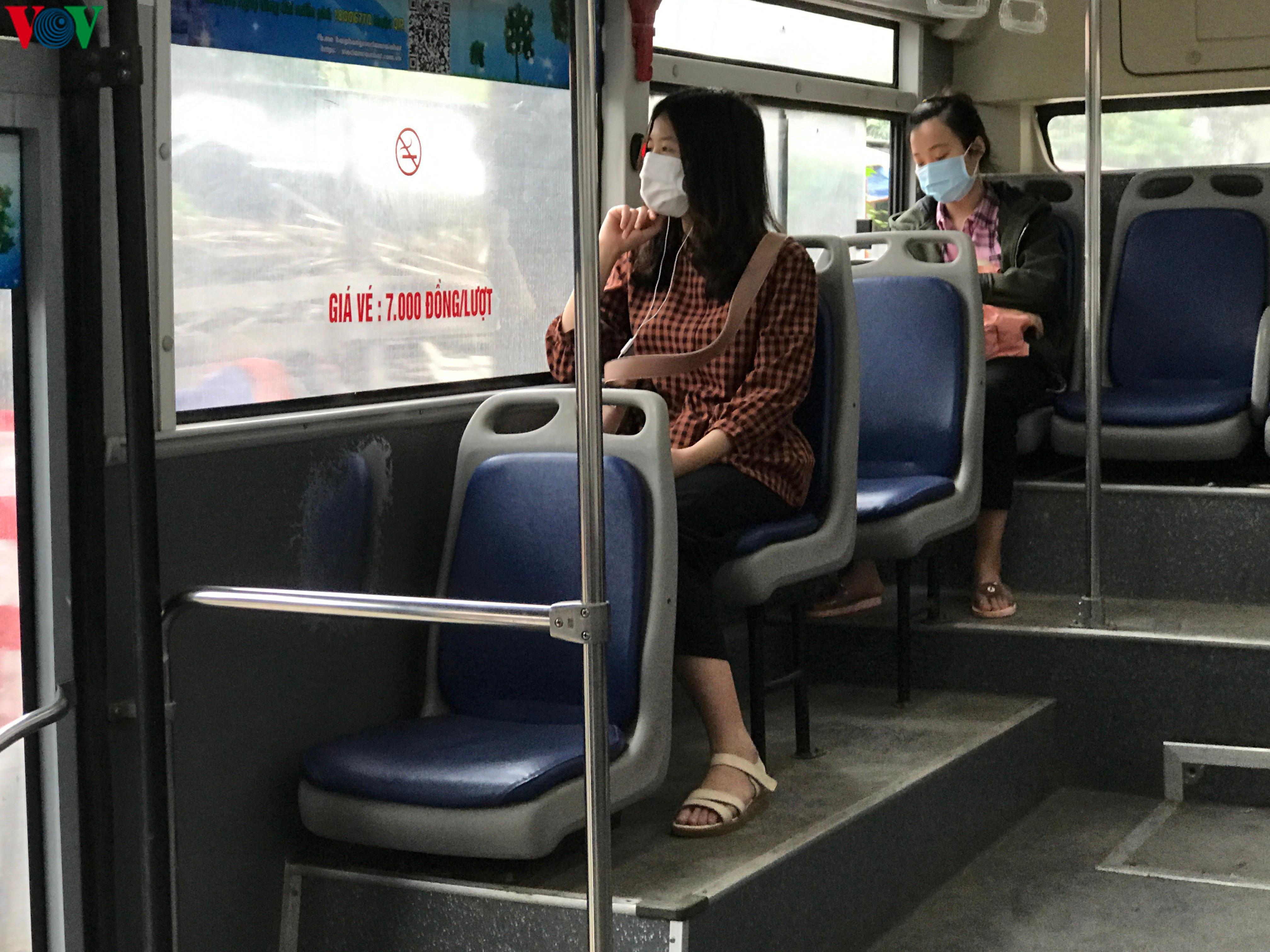 Long An tạm dừng các tuyến xe buýt nội tỉnh và liên tỉnh Ảnh 1