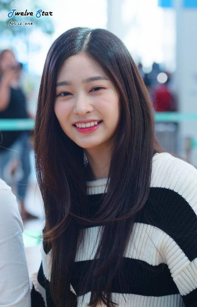 Netizen xôn xao đối thủ nhan sắc của 2 nữ thần Kpop Irene, Tzuyu: Không phải mỹ nhân BLACKPINK mà lại là tân binh? Ảnh 3