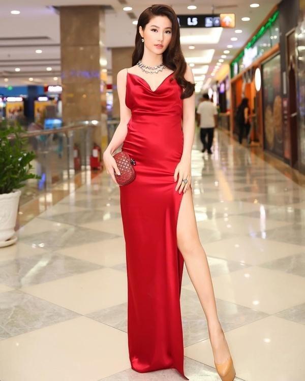 Phong cách sang chảnh từ đời thường đến thảm đỏ của Diễm My 9X Ảnh 6