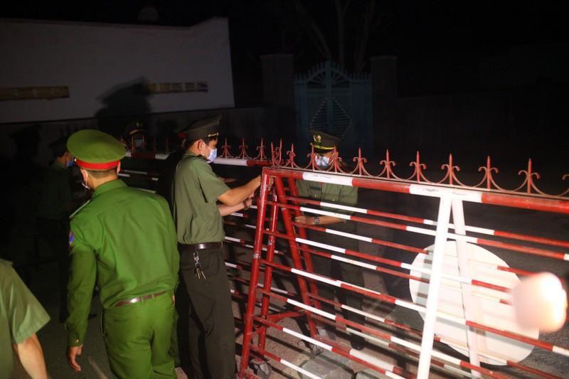 Gỡ bỏ 4 chốt kiểm soát, thôn Văn Lâm 3 chính thức hết cách ly Ảnh 6