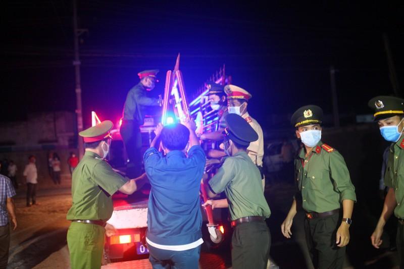 Gỡ bỏ 4 chốt kiểm soát, thôn Văn Lâm 3 chính thức hết cách ly Ảnh 8