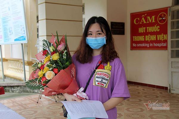 Cô gái 17 tuổi khỏi bệnh Covid-19 muốn quay lại làm tình nguyện viên Ảnh 3