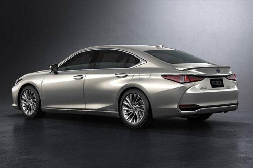 Bảng giá xe Lexus tháng 4/2020 Ảnh 1