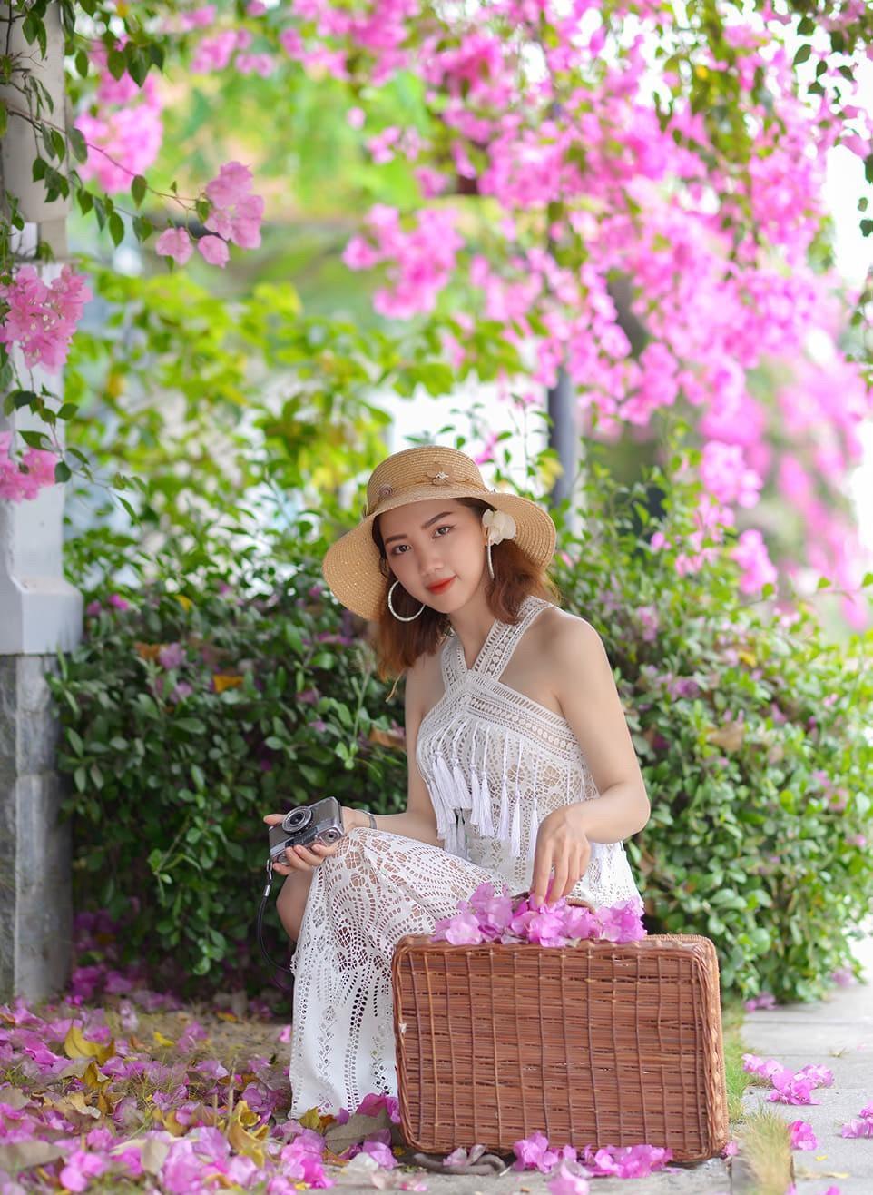 Hoa giấy khoe sắc trên góc phố Sài thành Ảnh 4